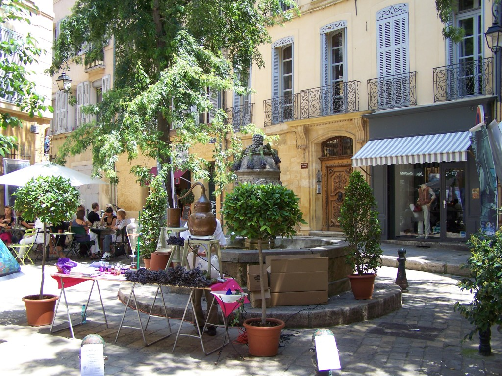 Spring in Aix - Retire in France