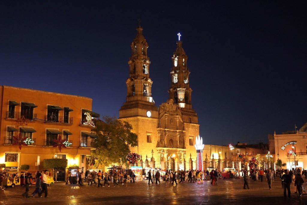 Catedral de la Virgen de la Asunción, Retire Abroad to Asunción, Paraguay